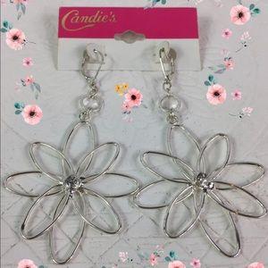 🌸Fabulous Sparkly Silver Flower Dangly Earrings